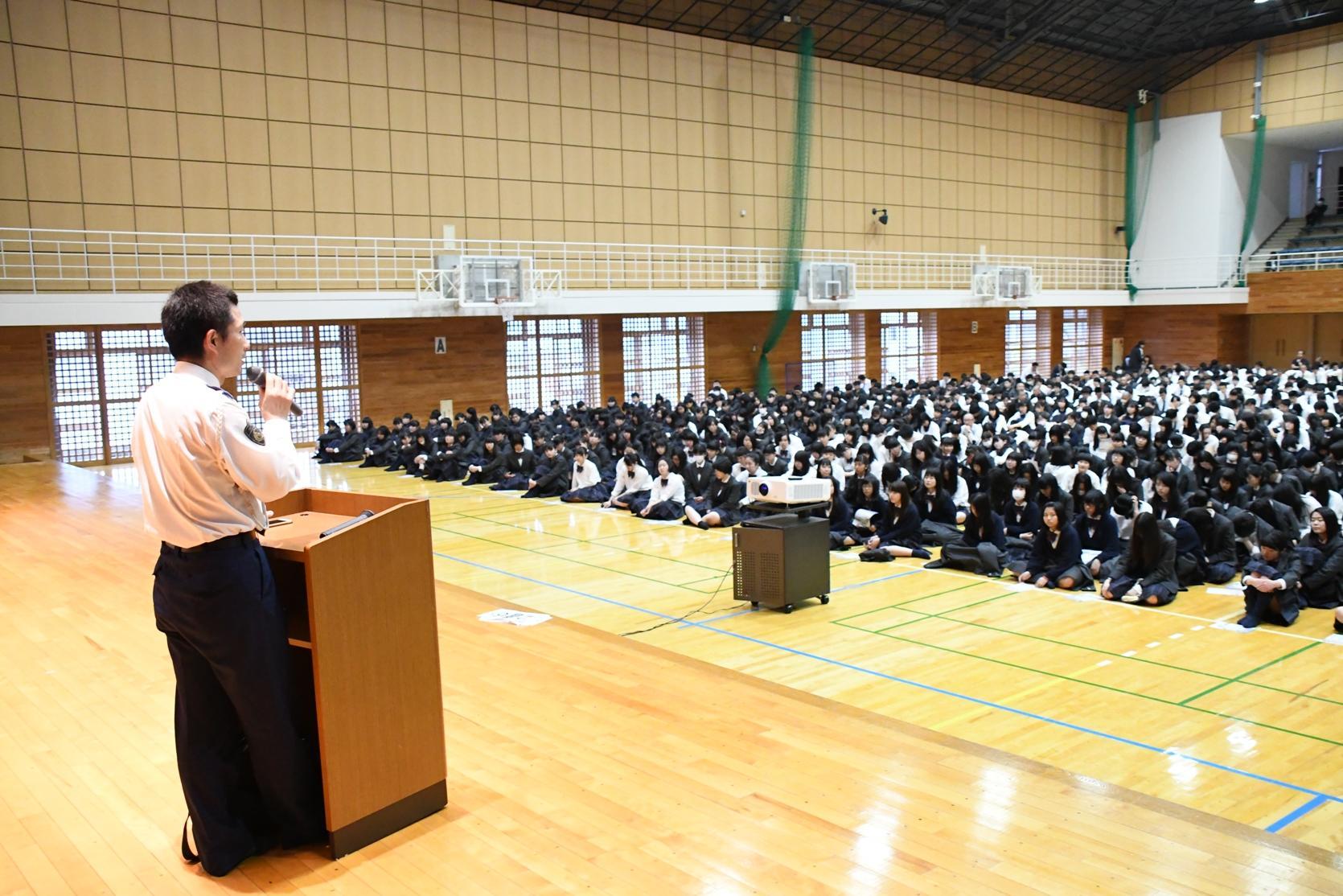 岐阜聖徳学園高校の校内画像(そ...