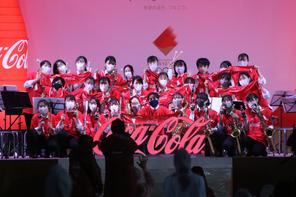 岐阜県の聖火リレーイベントで吹奏楽部が演奏しました。